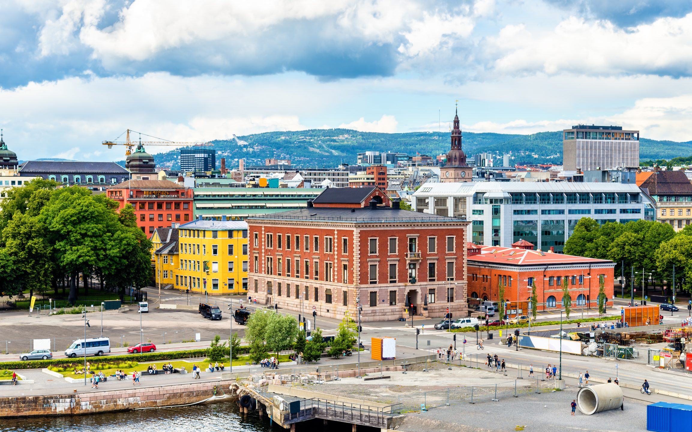 Oslo City Center to Airport transfer with Sights - Nordic